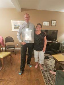 Mark Pankratz receiving the Royal LePage Diamond Award for sales in 2017