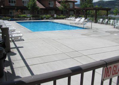 cottonwood pool area
